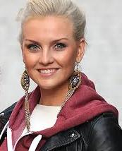 perrie-edwards-singer-23092013
