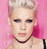 pink-singer-hollywood-20112013
