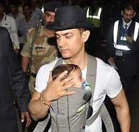shooting of dhoom 3 amir will stay with family