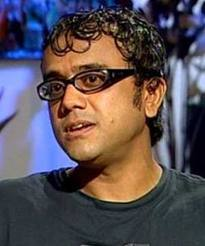 dibakar banerjee will do 3 flims with yrf