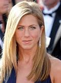 aniston angry with hotel emplyoe