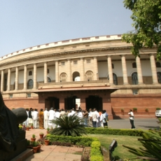 lok sabha agree on anna demand
