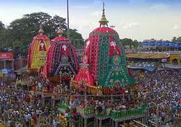 for puri rath yatra devotees crowd