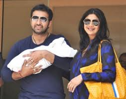 shilpa shetty busy with son