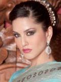 sunny leone wants to family movie